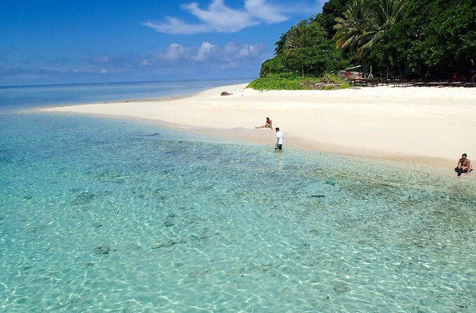 シパダン島のビーチ1