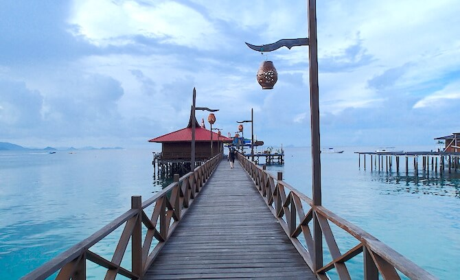 マブール島の桟橋
