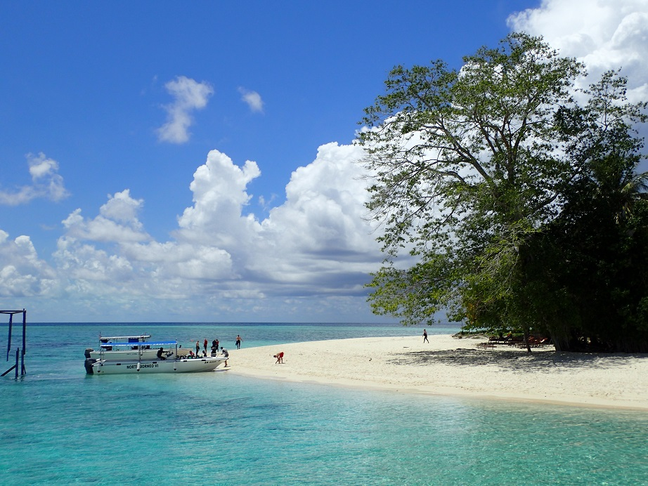 シパダン島のビーチ
