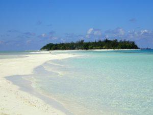 マタキング島の綺麗なビーチ