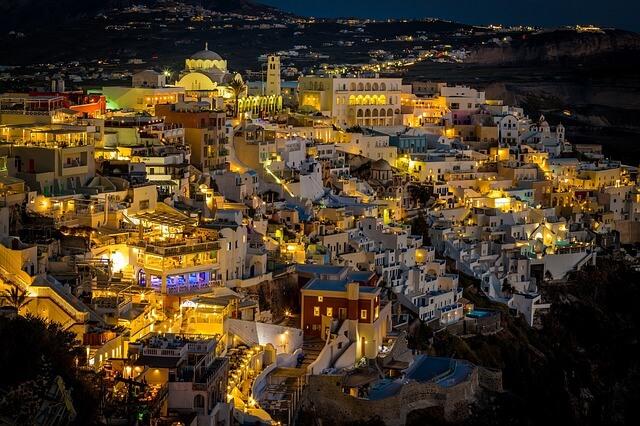 ギリシャのサントリーニ島の夜景1
