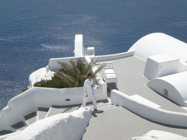 ギリシャのサントリーニ島を街歩き&ホテル