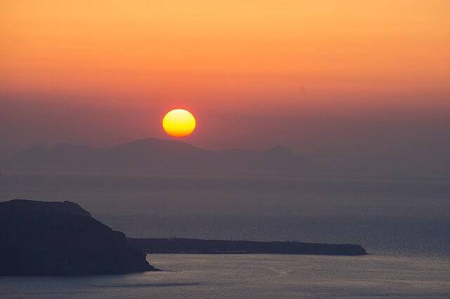 ギリシャのサントリーニ島(夕日)夕焼け