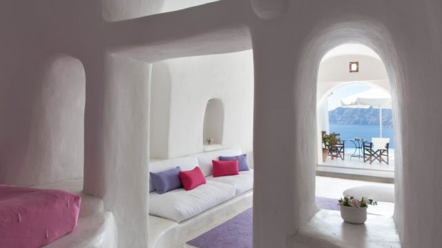 サントリーニ島のインスタ映えホテル:ペリボラス部屋4