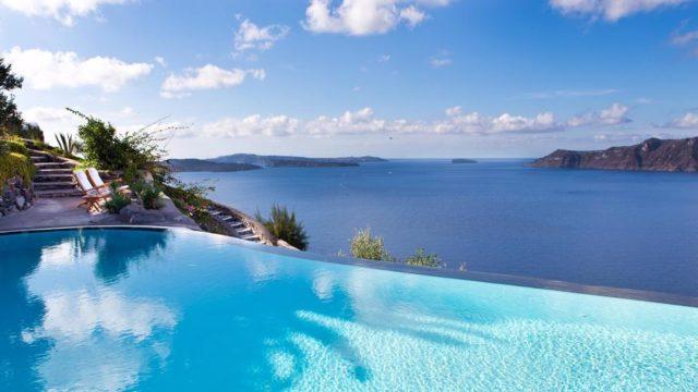 サントリーニ島のインスタ映えホテル:ペリボラス1