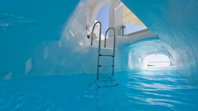 青の洞窟のプール
