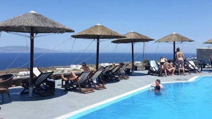 Lioyerma Lounge Cafe Pool Bar2