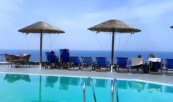 Lioyerma Lounge Cafe Pool Bar4