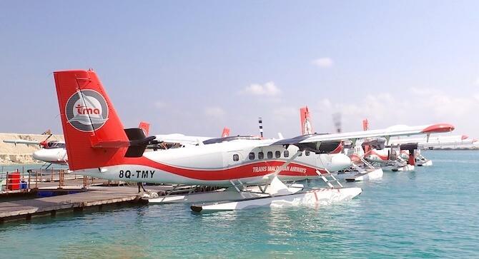 モルディブの水上飛行機