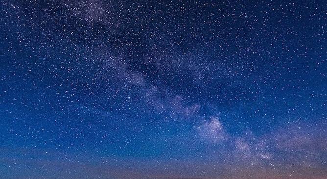 天の川:満点の星空