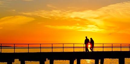 桟橋と夕日