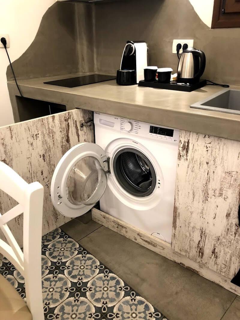 フィラのおすすめホテル(Irene City Villas)部屋の洗濯機1